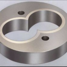Bimetal cylinder for plastics extrusion