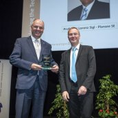 EPMA President Mr Philippe Gundermann and DSA Winner Prof Dr Lorenz Sigl