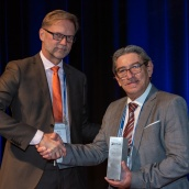 EPMA Fellowship Award Winner 2019 - Prof. Francisco Castro with EPMA President Mr Ralf Carlström