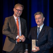 EPMA Fellowship Award Winner 2019 - Prof Dr.-Ing. Bernd Kieback with EPMA President Mr Ralf Carlström